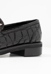UMA PARKER - Loafers - nero - 2