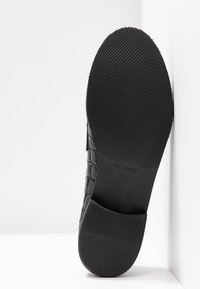 UMA PARKER - Loafers - nero - 6