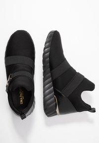 UMA PARKER - Sneakers high - nero - 3