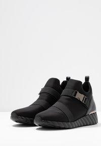 UMA PARKER - Sneakers high - nero - 4