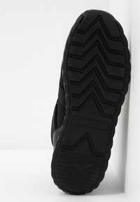 UMA PARKER - Sneakers high - nero - 6