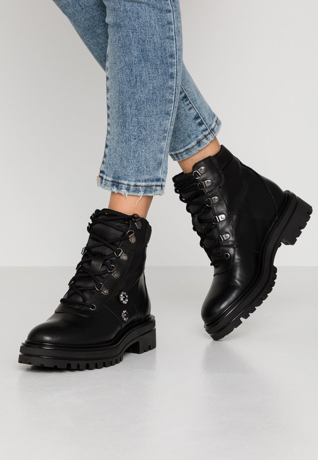 Lace-up ankle boots - foulard nero