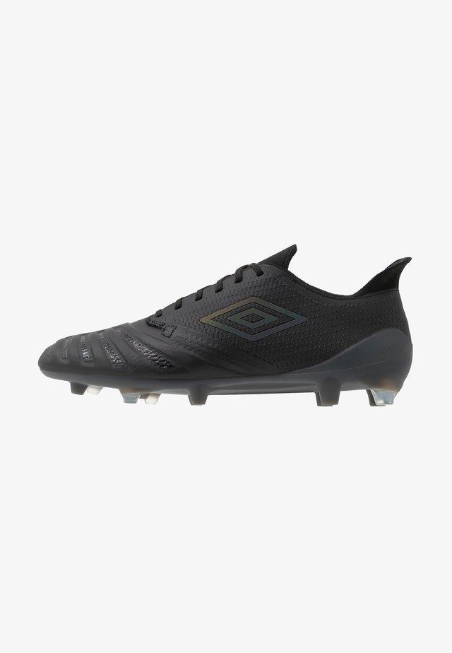 UX ACCURO III PRO FG - Fußballschuh Nocken - black/black reflective