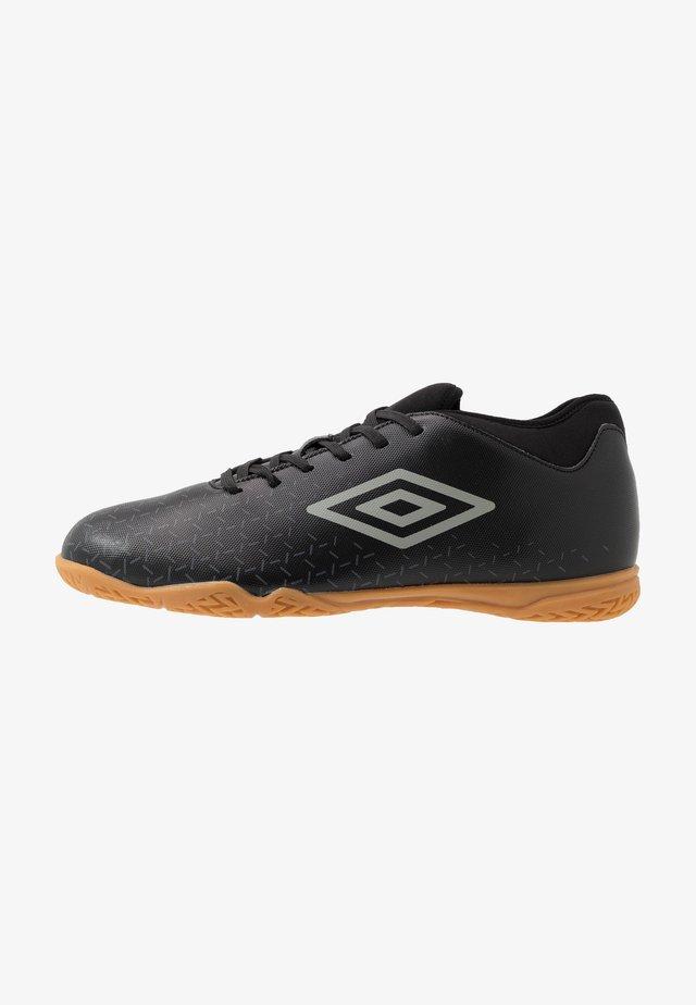 VELOCITA CLUB IC - Indoor football boots - black/carbon