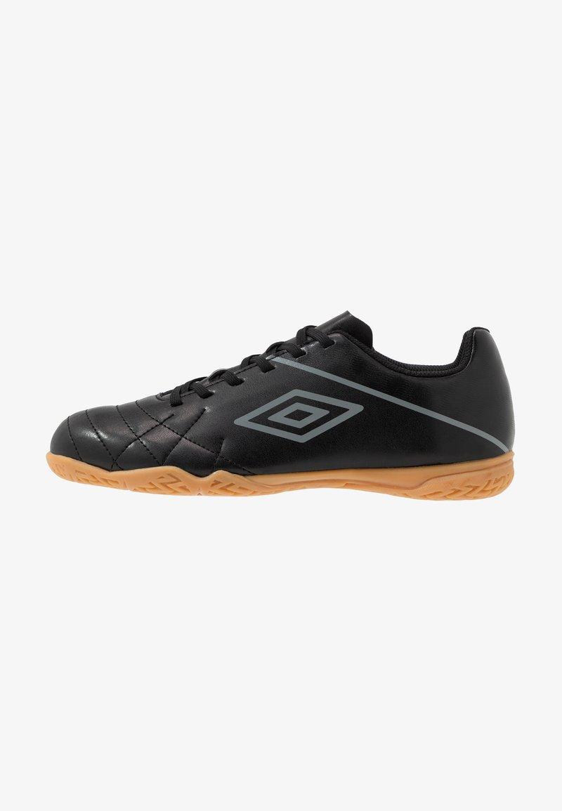 Umbro - MEDUSÆ III LEAGUE - Halové fotbalové kopačky - black/carbon