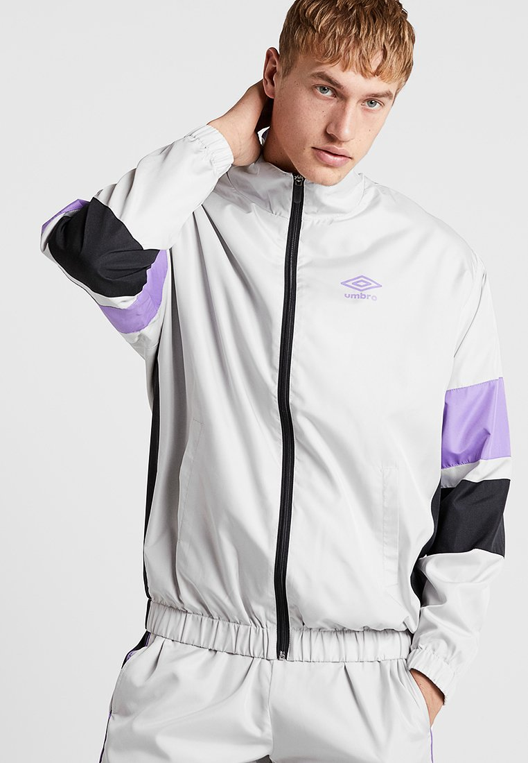 Umbro - SCUBA TRACK JACKET - Trainingsjacke - oyster mushroom/black/purple