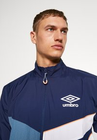 Umbro - DIAMOND CUT TRACK JACKET - Sportovní bunda - medieval blue/brilliant white