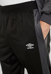 Umbro - TRACKSUIT - Survêtement - carbon/black - 7