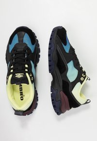 Umbro Projects - BUMPY - Sneakers - black - 3