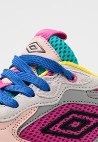 Umbro Projects - JOGGER - Sneakers - white/cool blue - 2