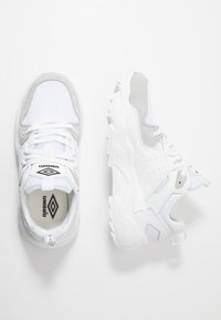 Umbro Projects - RUNNER - Sneakers laag - white - 1