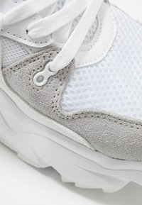 Umbro Projects - RUNNER - Sneakers laag - white - 5