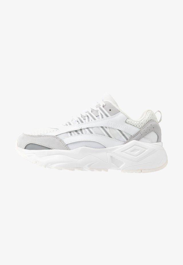 NEPTUNE - Sneakers - white