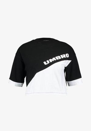 TEMP CROP TEE - Camiseta estampada - black/white