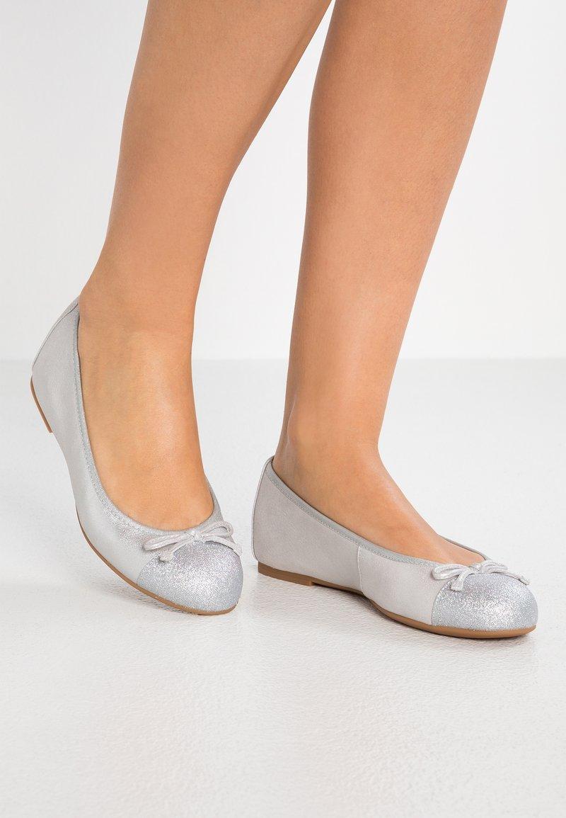 Unisa - ACOR - Ballet pumps - silver
