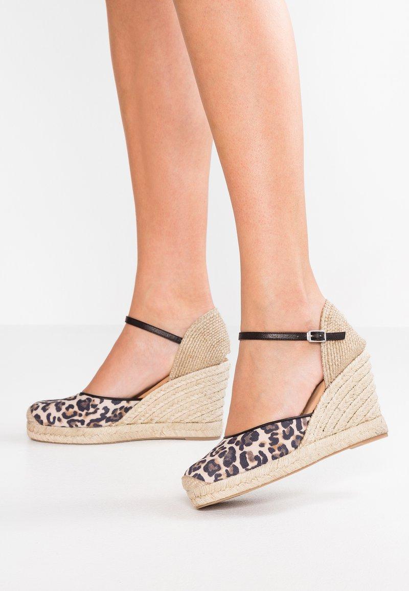 Unisa - CASTILLA - High heeled sandals - natural/black