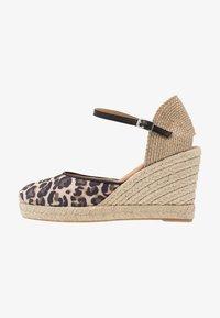 Unisa - CASTILLA - High heeled sandals - natural/black - 1