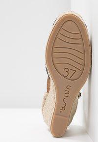Unisa - CASTILLA - High heeled sandals - natural/black - 6