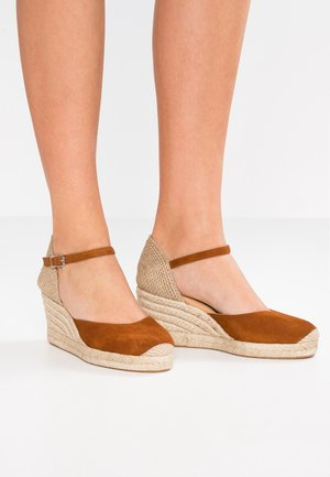 CACERES - High heeled sandals - cognac