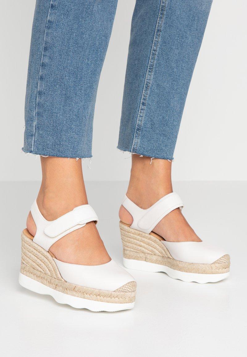Unisa - CALANDA - High Heel Sandalette - ivory