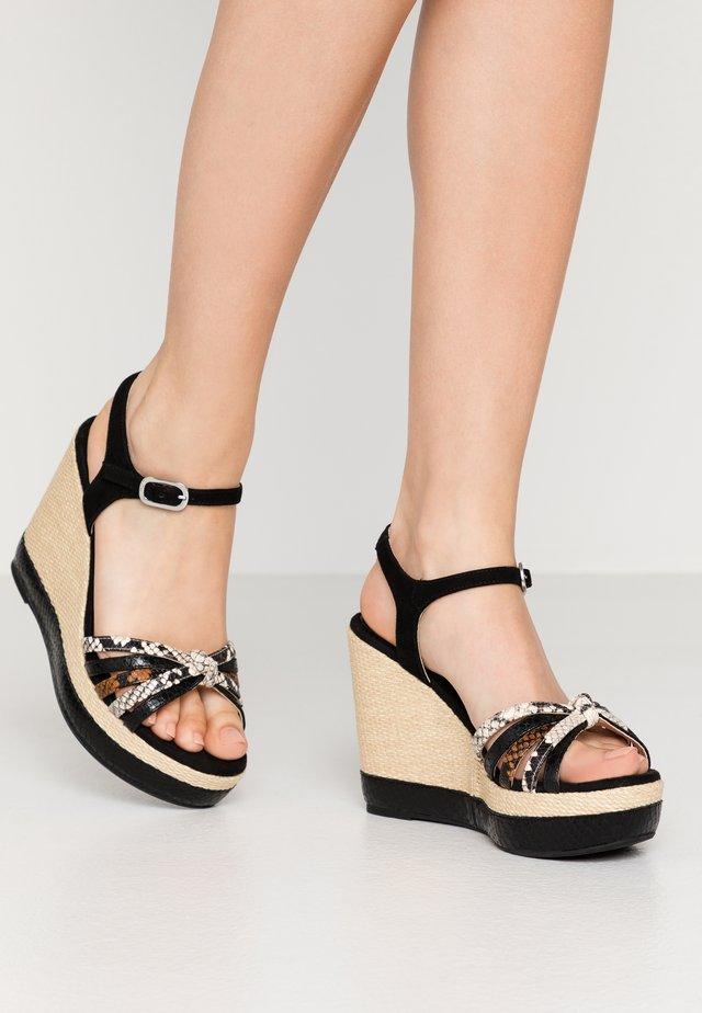 MIRELLA - Korolliset sandaalit - black