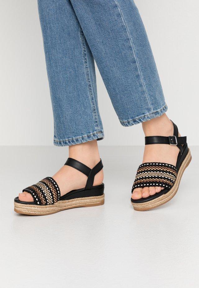 GIRO - Korkeakorkoiset sandaalit - black