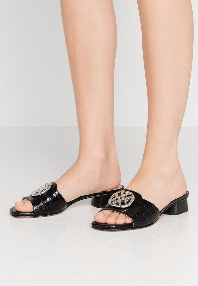 DAVE - Pantofle - black