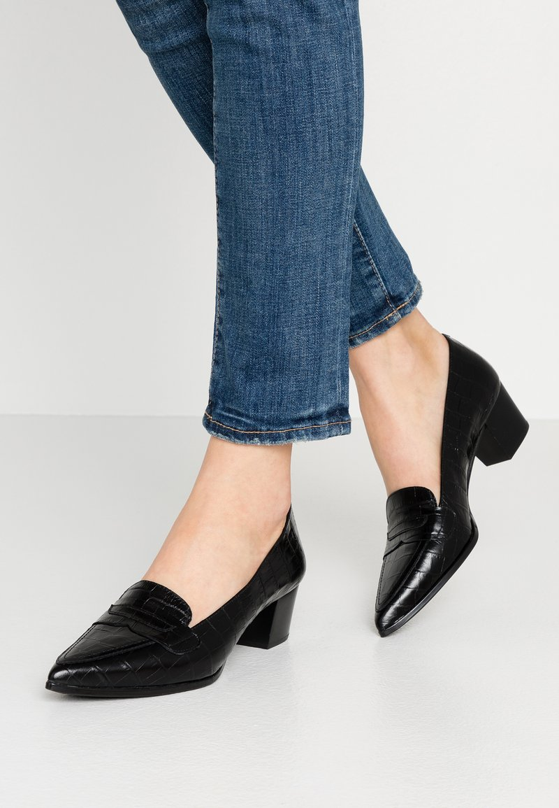 Unisa - JUNTI - Pumps - black