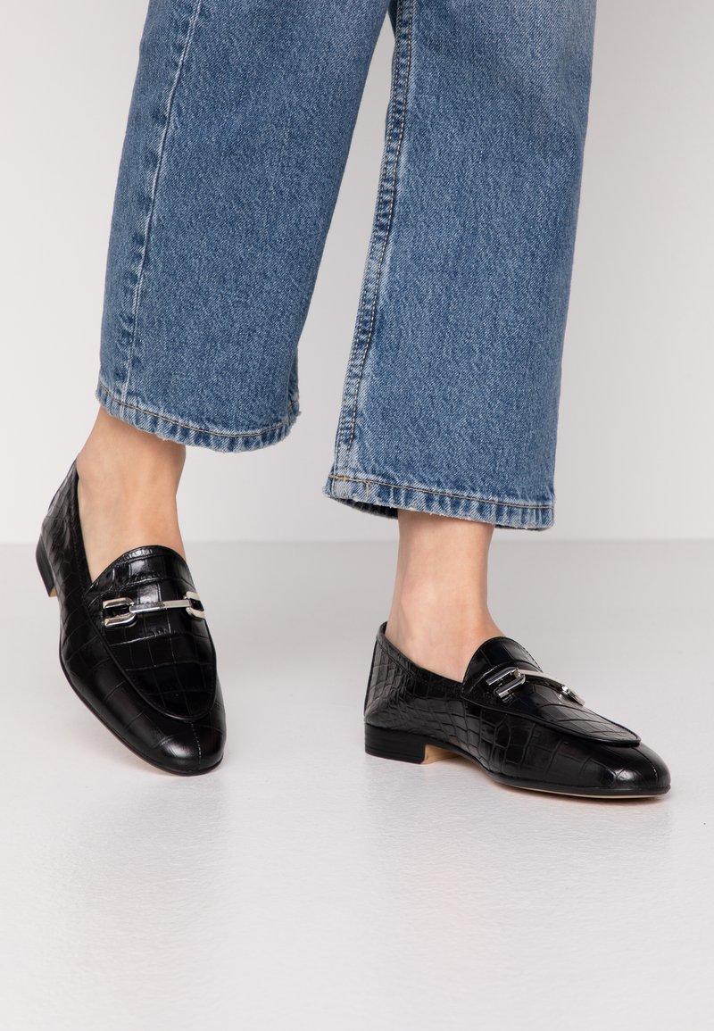 Unisa - DALCY - Nazouvací boty - black