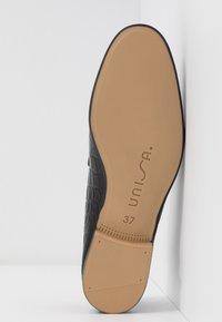 Unisa - DALCY - Slippers - black - 6
