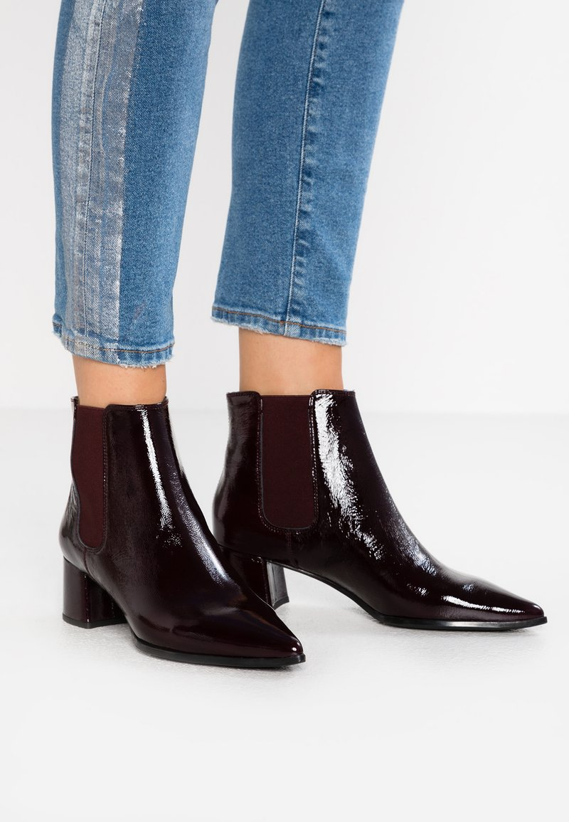 Unisa - JISTE - Ankle Boot - grape
