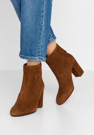 OSBORN - High heeled ankle boots - toast