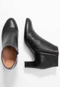 Unisa - Boots à talons - black - 3