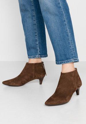 JUDIT - Ankle Boot - livanto