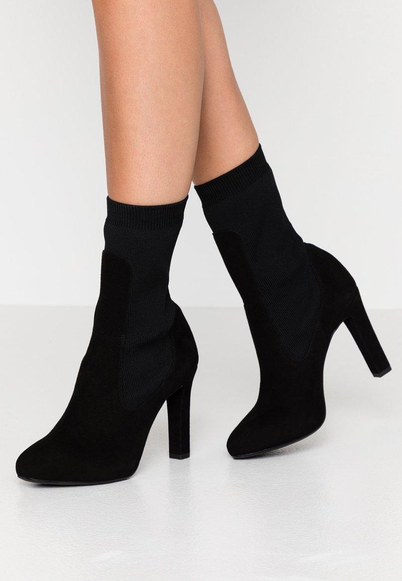 Unisa - PORT - Kotníková obuv na vysokém podpatku - black