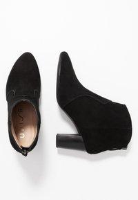 Unisa - NARELA - Kotníková obuv - black - 3