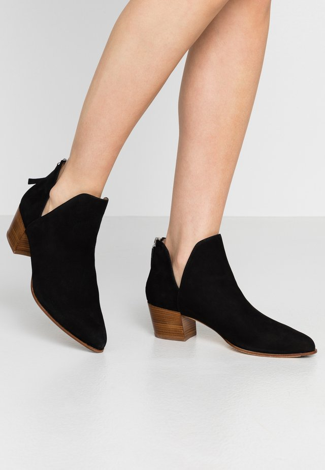 GALEON - Ankle boot - black