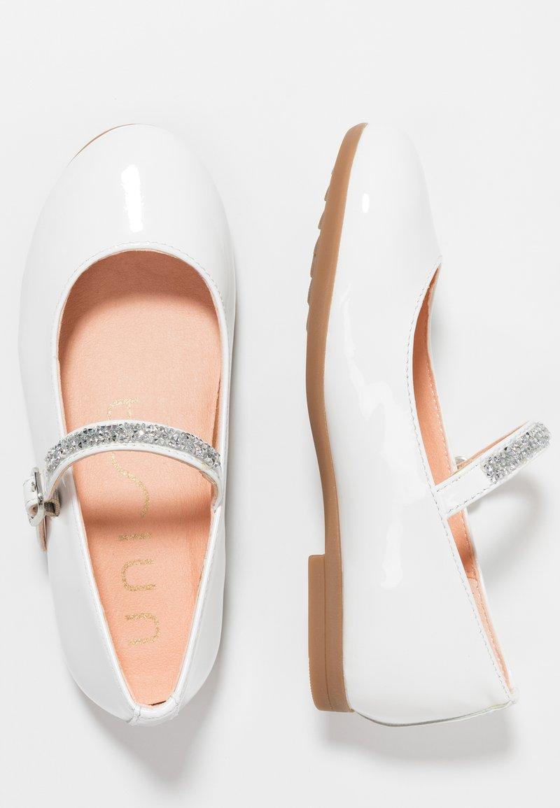Unisa - CLERVY - Ballerinaskor med remmar - white