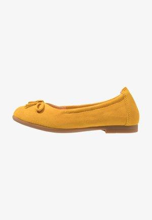 CRESY - Baleríny - yellow