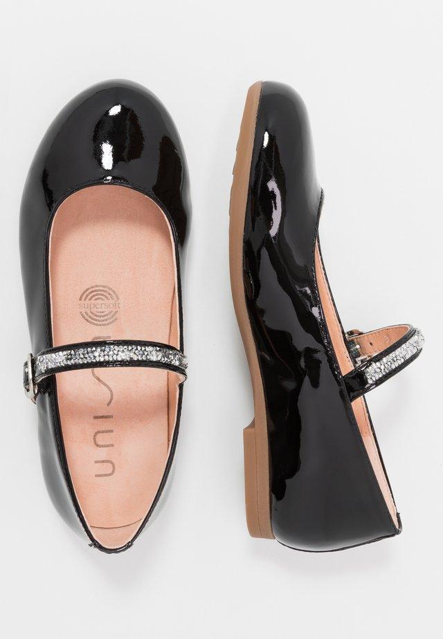 CLERVY - Ballerina's met enkelbandjes - black
