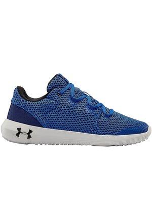 Trainers - versa blue