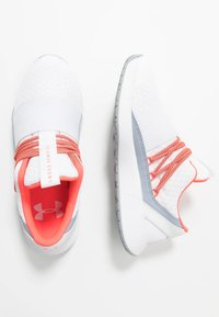 Under Armour - BREATHE LACE - Sportovní boty - white/blue heights/beta red - 1