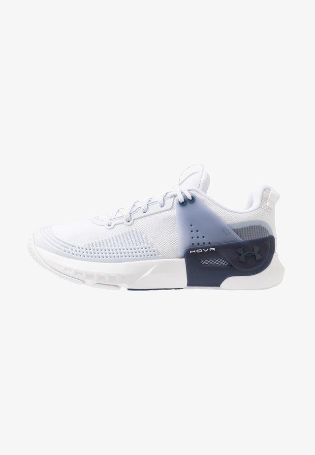 HOVR APEX - Zapatillas de entrenamiento - white/downpour gray