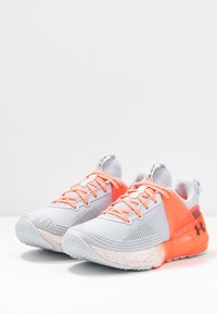 Under Armour - HOVR APEX - Sports shoes - halo gray/black - 2
