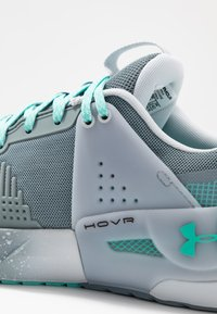 Under Armour - HOVR APEX - Scarpe da fitness - hushed turquoise/radial turquoise - 5