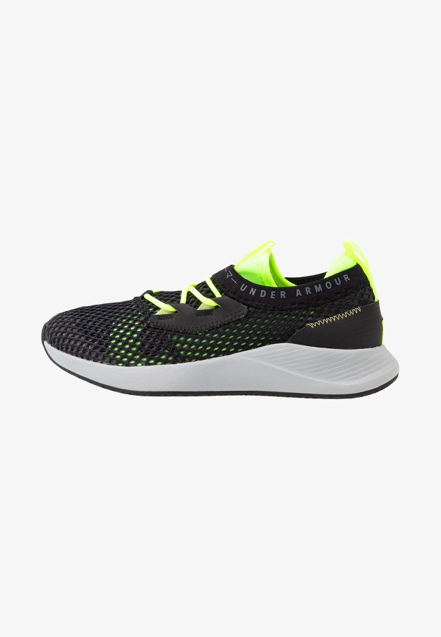 CHARGED BREATHE SMRZD - Chaussures d'entraînement et de fitness - black/x-ray/pitch gray