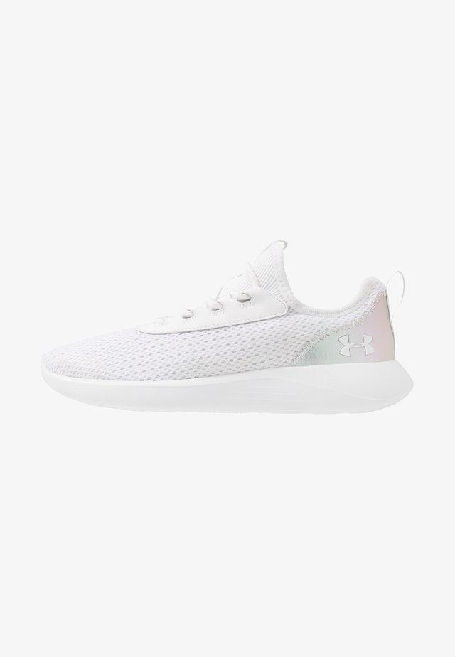 SKYLAR 2 IRID - Sportovní boty - white/ x-ray