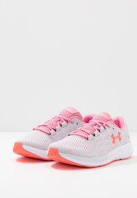 Under Armour - CHARGED PURSUIT 2 - Neutral running shoes - halo gray/white/lipstick - 2