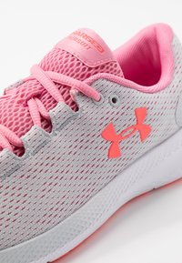 Under Armour - CHARGED PURSUIT 2 - Neutral running shoes - halo gray/white/lipstick