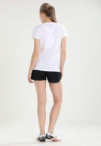 Under Armour - TECH - T-shirt basic - white - 2